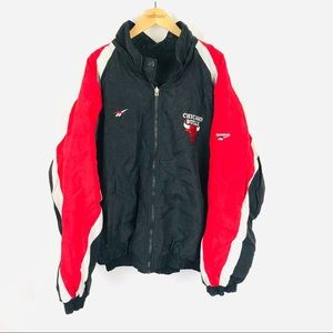 Vintage 90's Chicago bulls reebok puffer coat